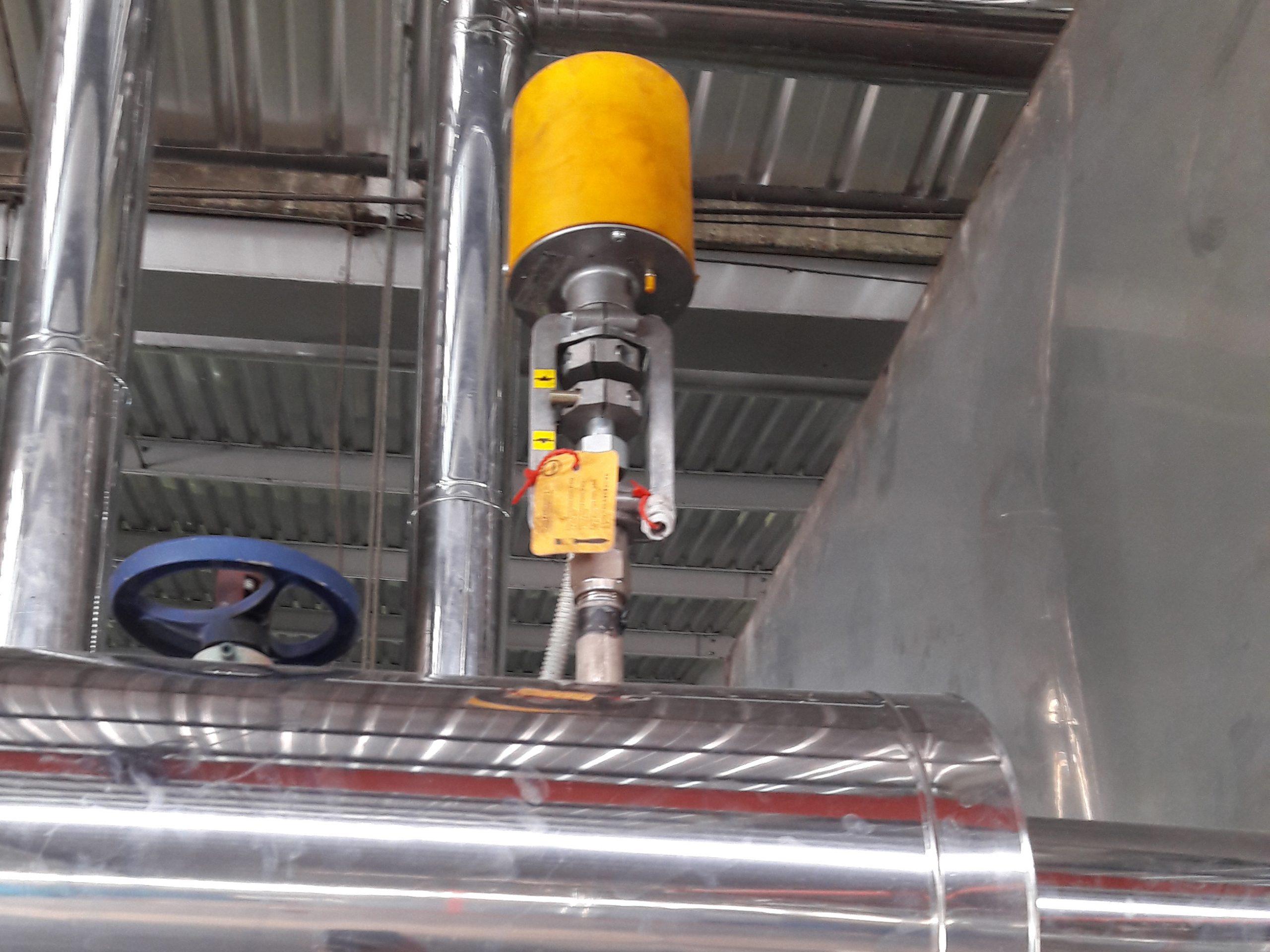 Van điều khiển dầu nóng DN25
